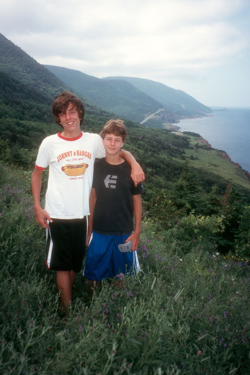 Brotherly love on the Skyline Trail