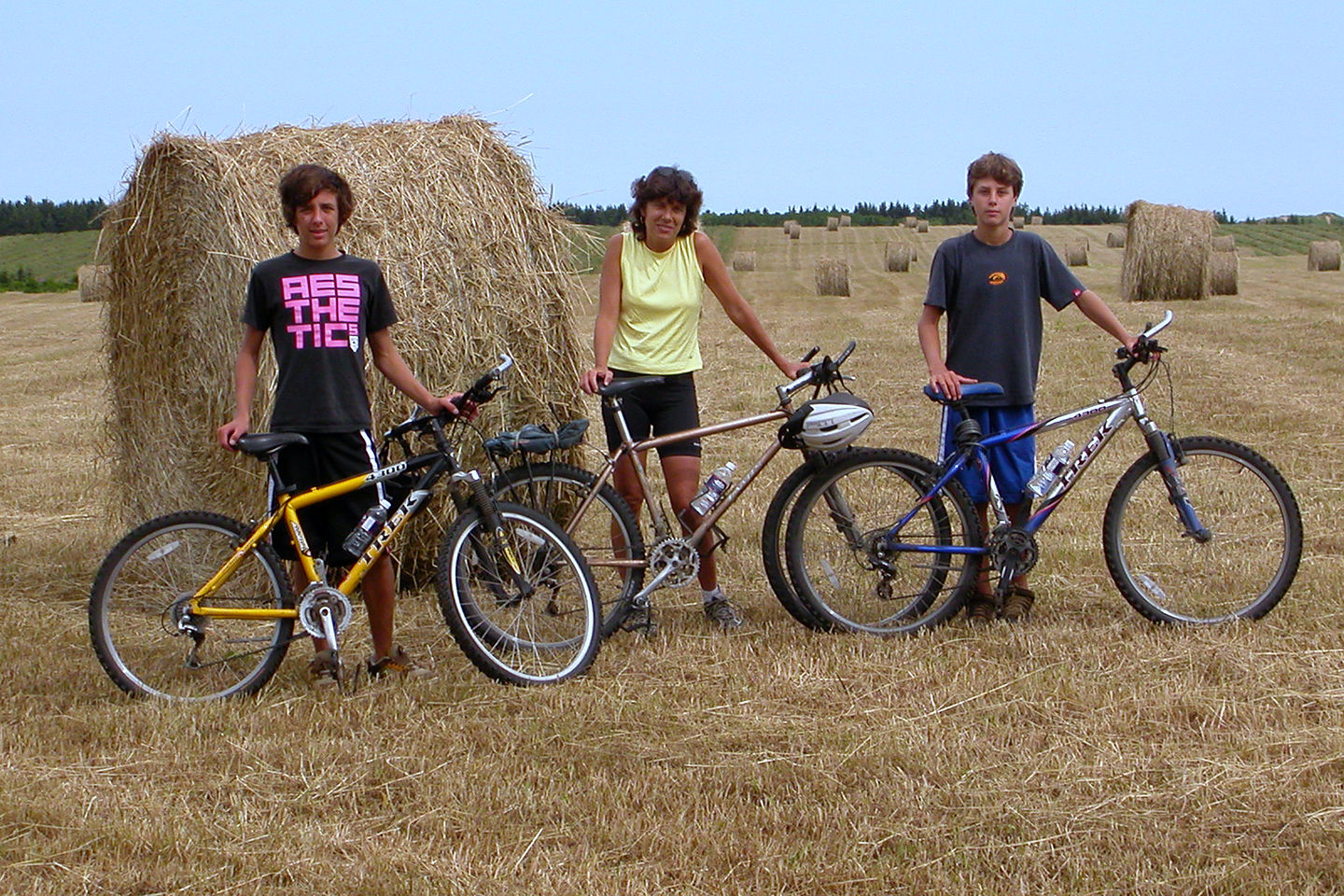 Lolo, boys, and haystack on the Homestead Trail