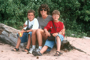 Lorry and boys at Apostle Islands beach