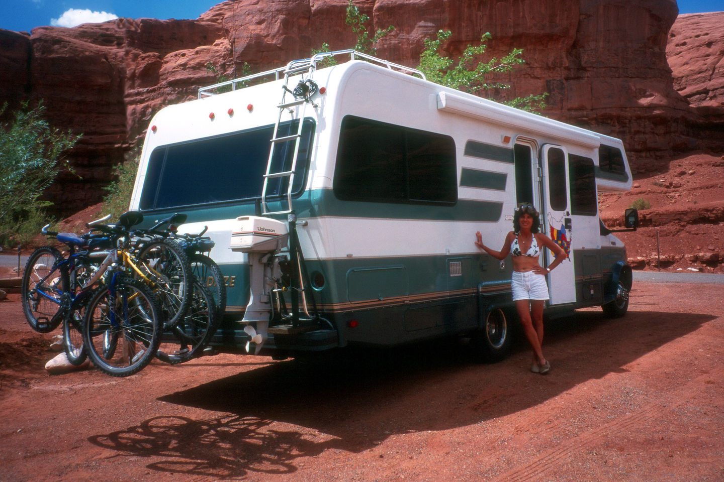 Lolo and the RV at Goulding's Campground