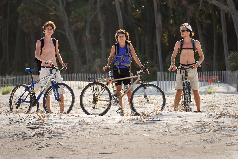 Lolo & Boys getting ready to bike on beach