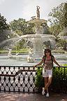 Lolo with Forsyth Park fountain