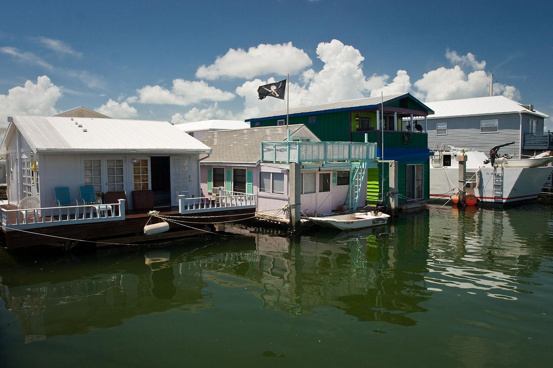Houseboats on bike ride to Key West
