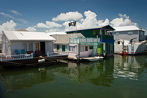 Houseboats on bike ride to Key West