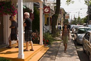 Lolo strolling Baie St. Paul