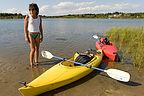 Lolo with boys kayaks on Sengekontacket Pong