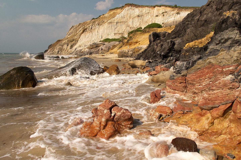 Moshup Beach Cliffs at High Tide