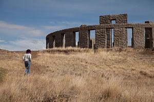 Lolo approaching Maryhill Stonehenge