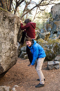 Lolo Bouldering with Tommy as Aid