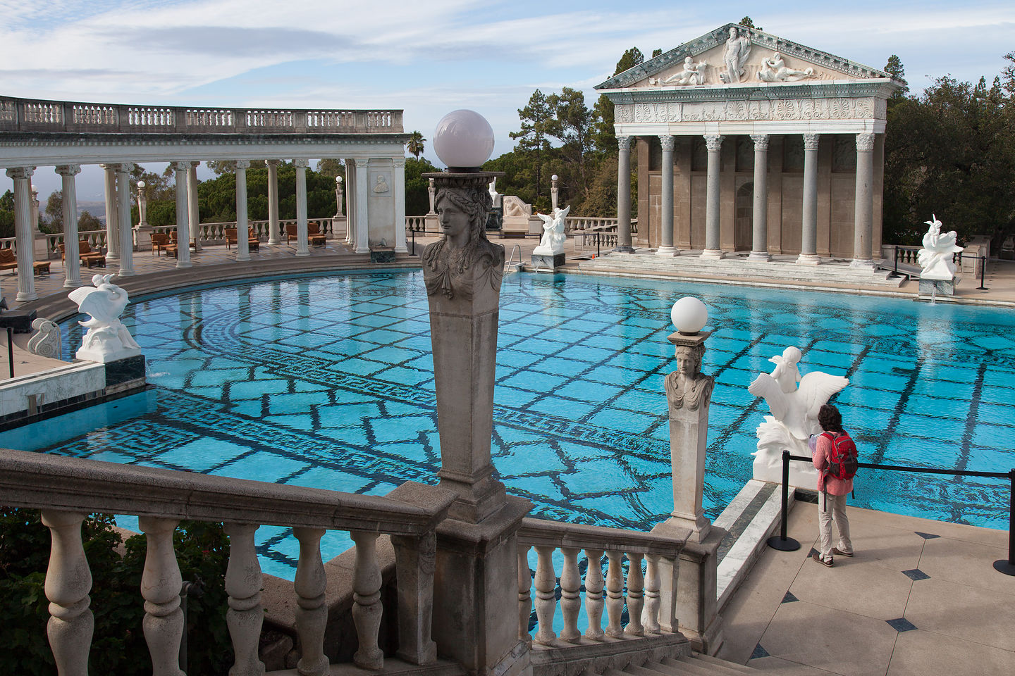 Hearst castle neptune pool entrance lolo 39 s extreme cross for Castle gardens pool