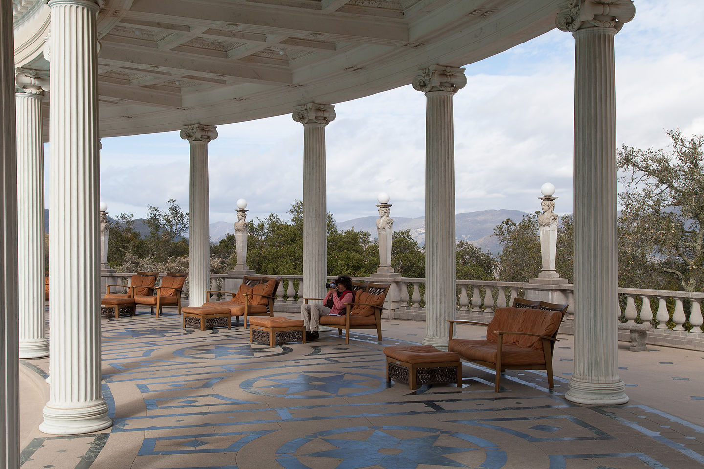Lolo at hearst castle neptune pool lolo 39 s extreme cross - Hearst castle neptune pool swim auction ...