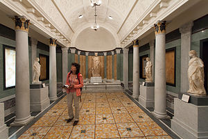 Lolo in Getty Villa Exhibit