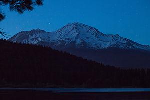 Starlight over Mount Shasta