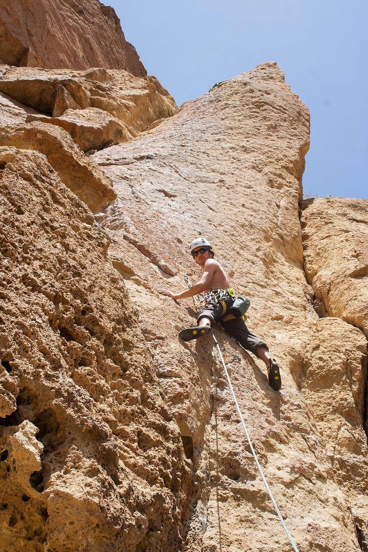 Andrew Leading