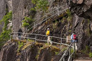 Beacon Rock Hike Switchbacks
