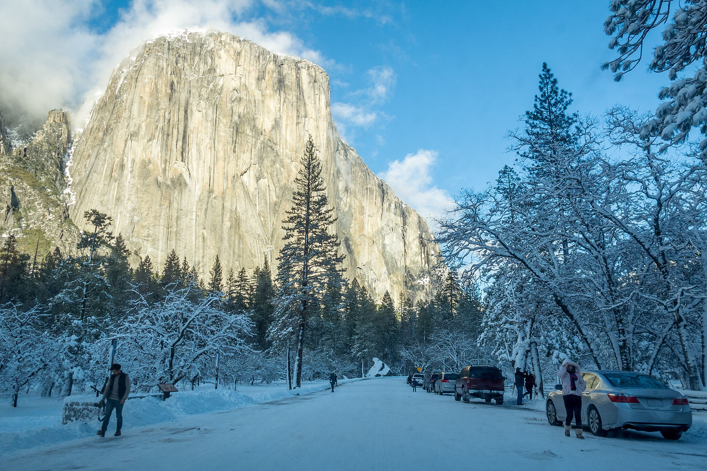 Arriving In Snow Covered Yosemite Valley Lolo S Extreme