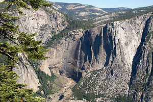 Yosemite Falls from Four Mile Trail