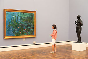Lolo enjoying Monet