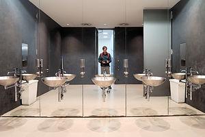 Pinakothek der Moderne - Mens Room