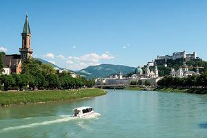 Salzach River flowing through the Aldstadt