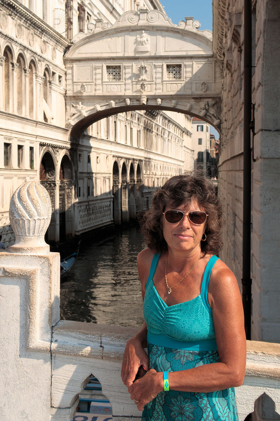Lolo and the Bridge of Sighs