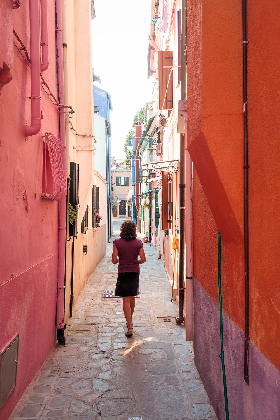 Strolling the alleys of Burano
