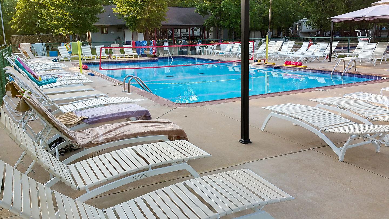 Oaklake Resort Pool