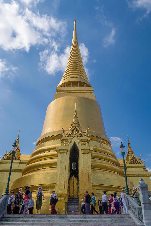 Golden stupa at Wat Phra Kaew