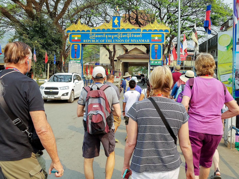 Border crossing into Myanmar