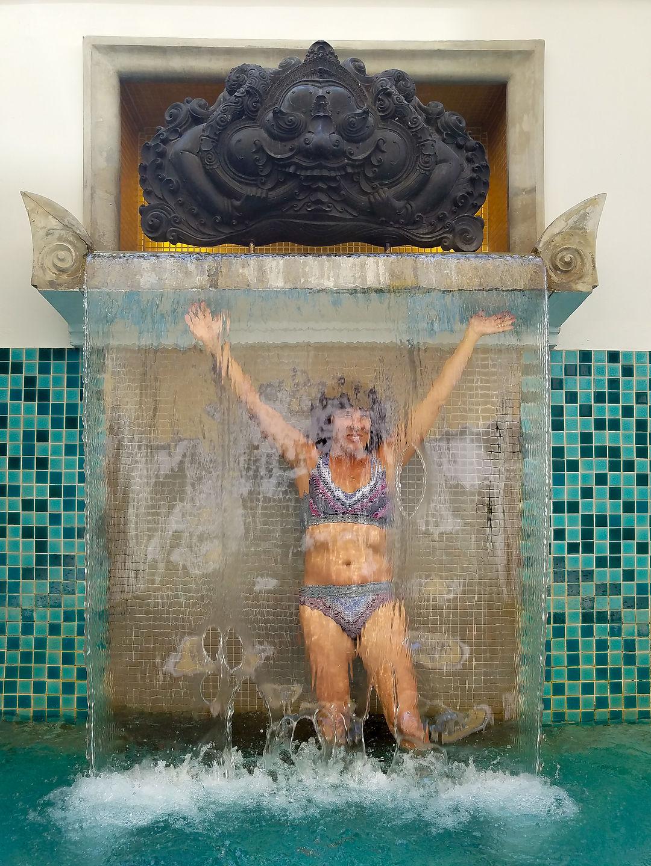 Lolo enjoying Le Meridien Chiang Mai pool