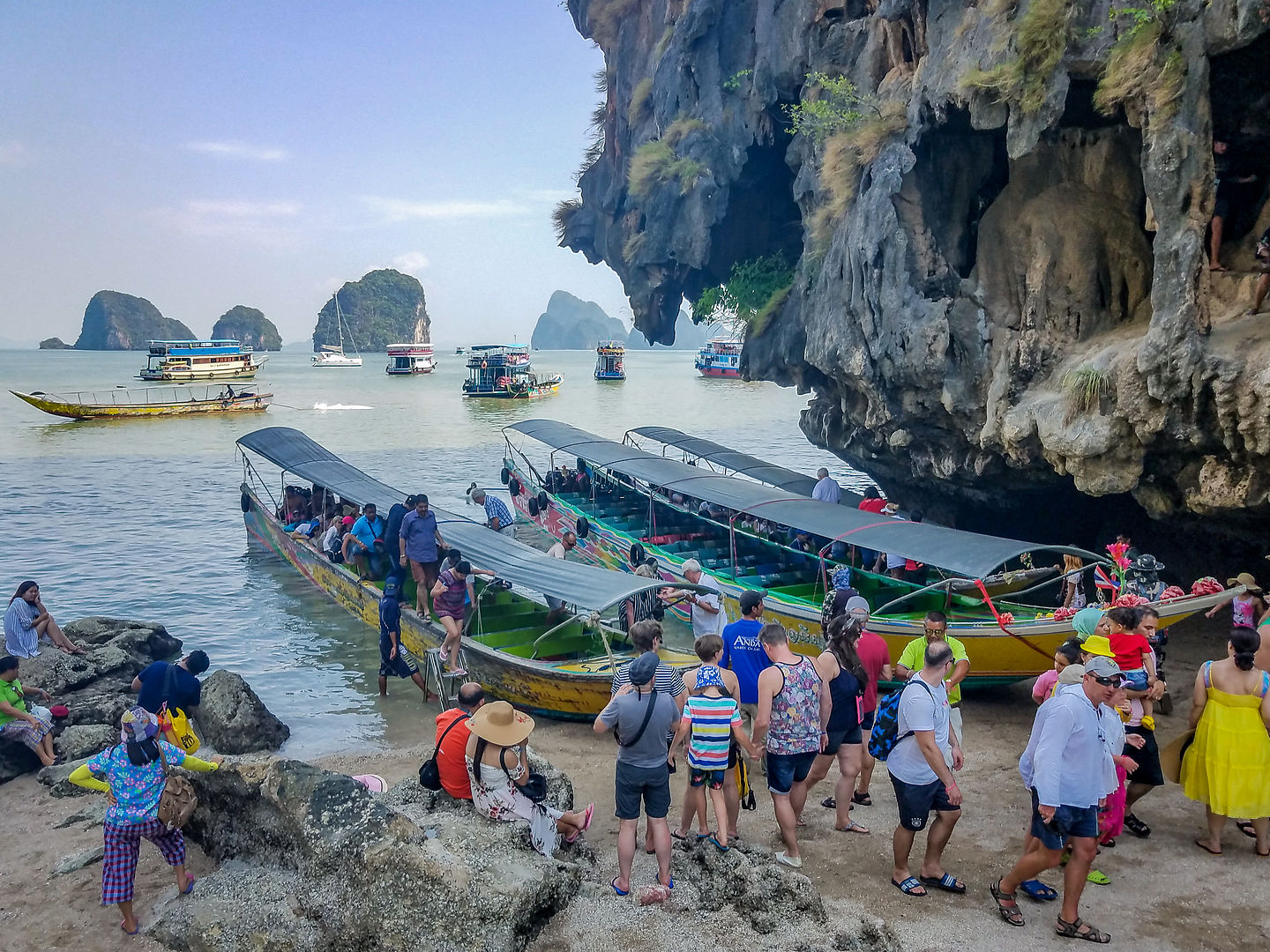 Long-tail boats to get on James Bond Island