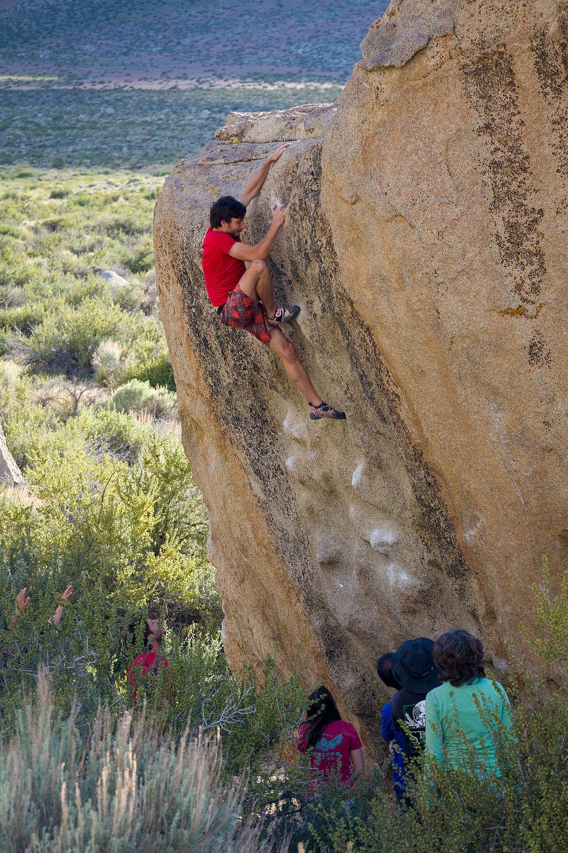 Andrew bouldering in the Buttermilks