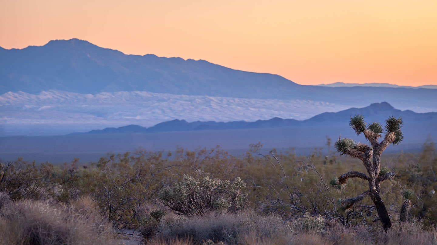 Sunset along the Mohave Road