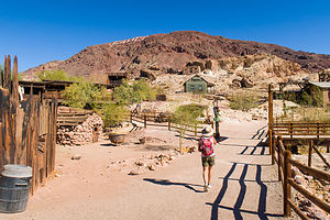 Lolo hits Calico Ghost Town