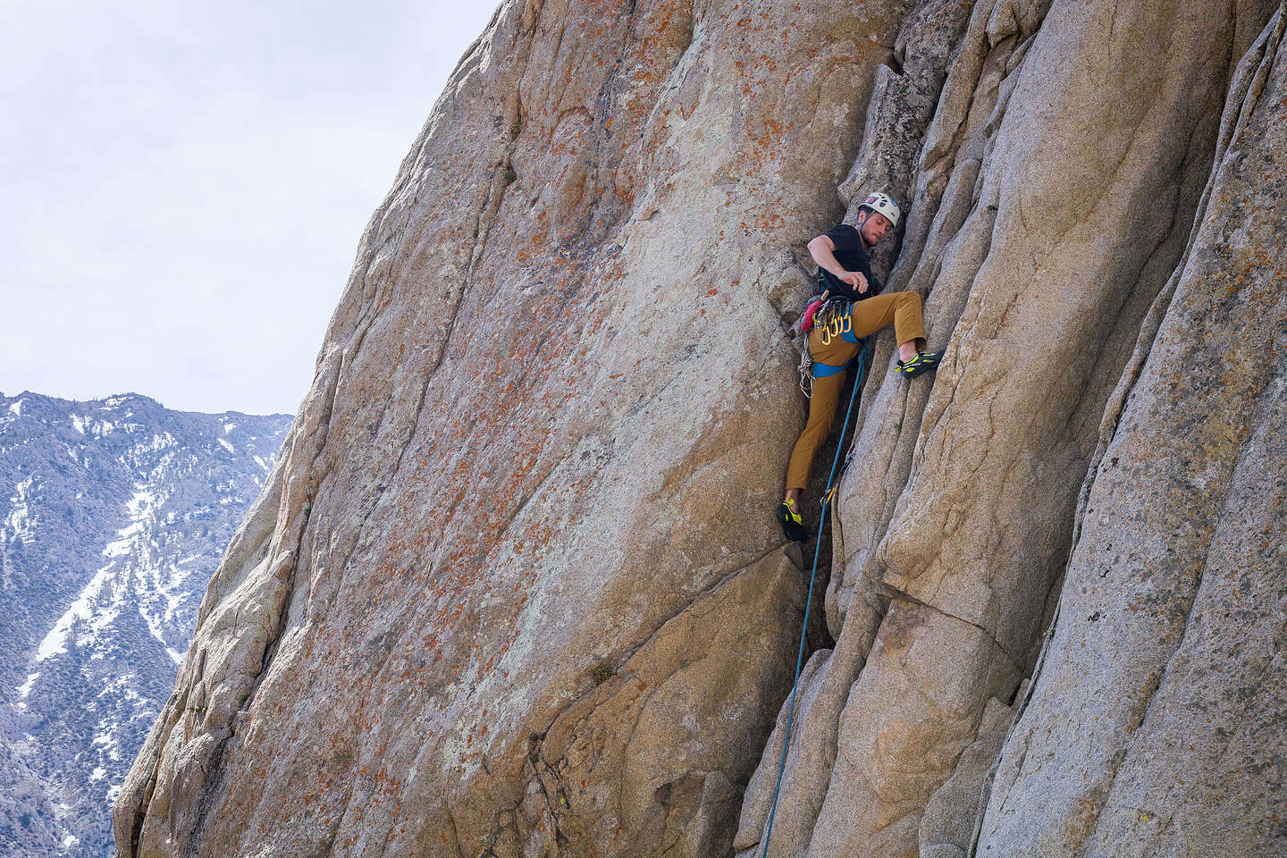 Tommy climbing in Pine Creek Canyon