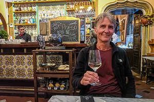 Dinner at Els Quatre Gats, Picasso's old hangout