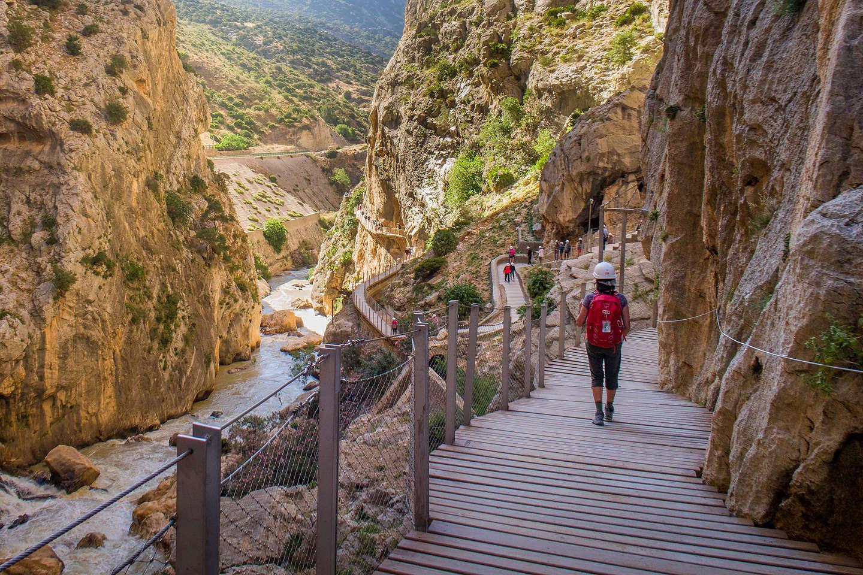 Lolo along the Caminito del Rey