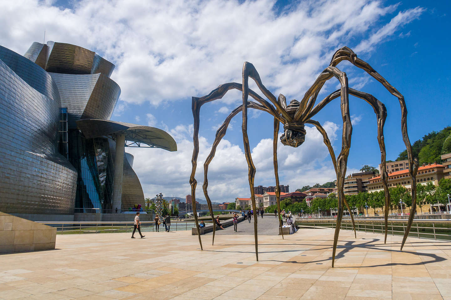 """""""Maman,"""" the 30-foot spider"""