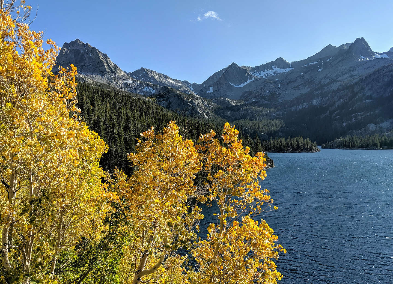 Along the South Lake to Long Lake to Chocolate Lakes Trail
