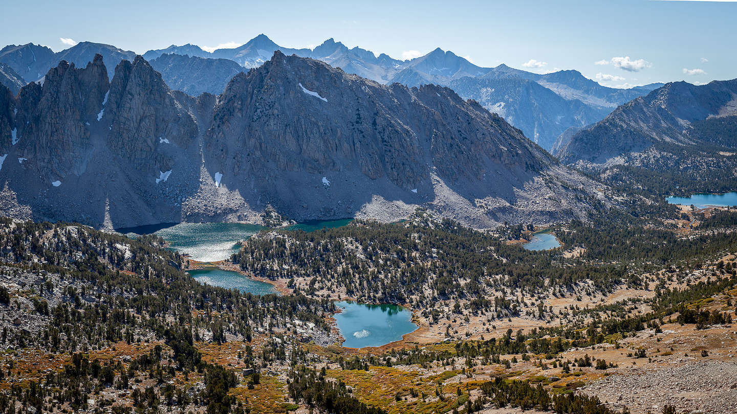 The view of Kearsarge Lakes Basin from the Pass