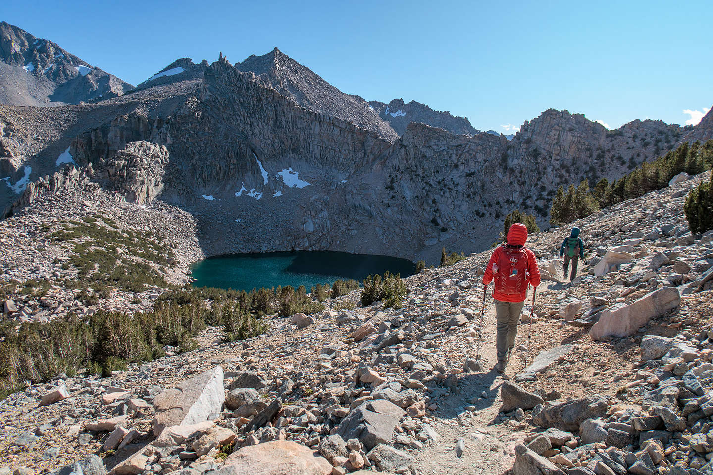 Hiking down from Kearsarge Pass