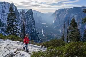 Hiking down from Glacier Point