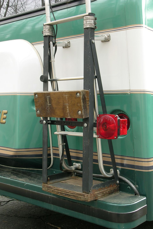 Outboard motor rack for 6hp Johnson